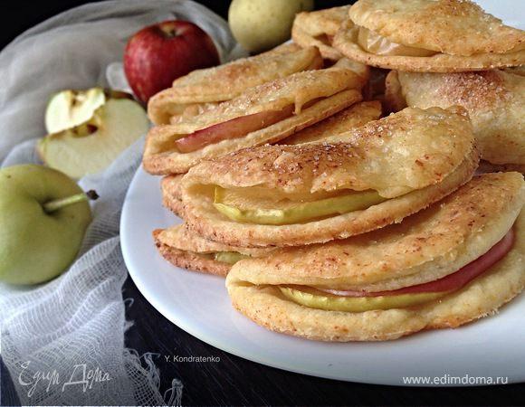 Творожно-песочное печенье с яблоками