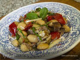 Салат с фасолью и утиной грудкой