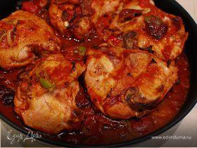 Курица в томатно-оливковом соусе