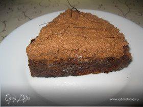 Французский десерт с шоколадом и карамелью