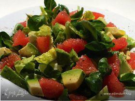 Легкий салат с авокадо и грейпфрутом для Танюши