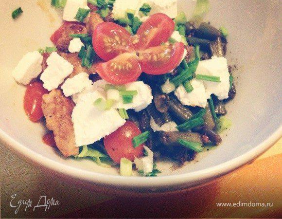 Теплый салат с говядиной и стручковой фасолью