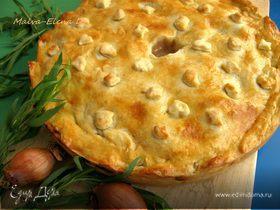 Пирог из нежной курочки с луком и сидром