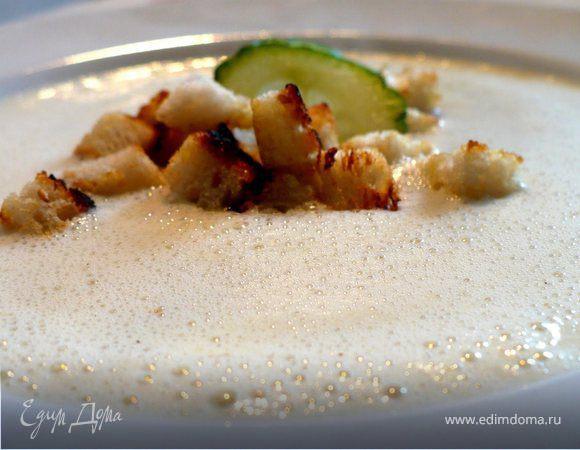 Огуречный суп с гренками