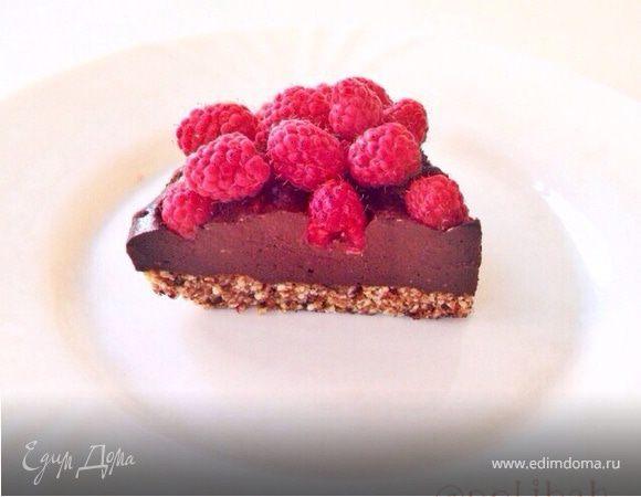 Шоколадный веганский торт