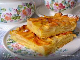 Французский яблочный пирог (Gâteau invisible aux pommes)