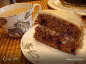 Пирог шоколадный с черной смородиной на основе кабачка