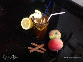 Коктейль яблочный с корицей
