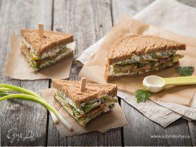 Сэндвич с фетой и беконом