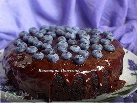 Шоколадный пирог с голубикой