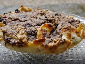 Яблочно-грушевый пирог с изюмом