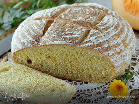 Хлеб с тыквой, чесноком и перцем