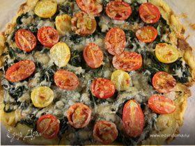 Пицца с руколой и помидорами черри