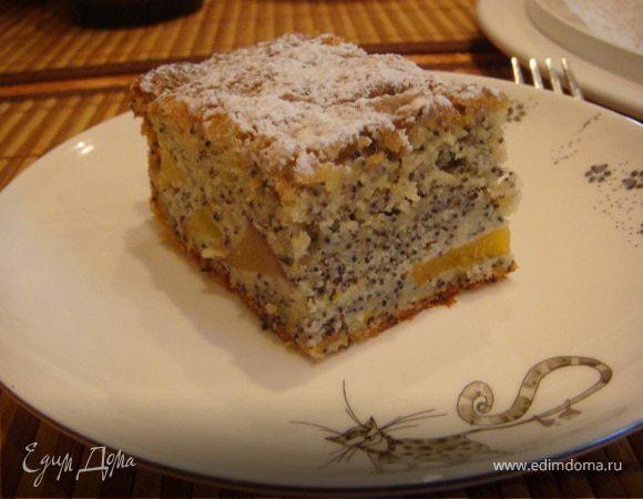 Пирог с персиками и маком