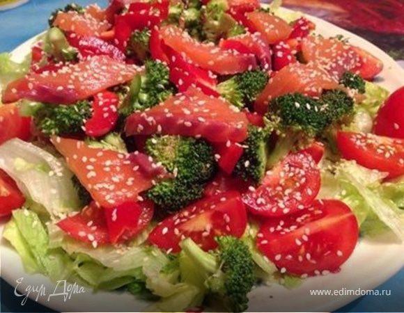 Салат из отварной брокколи и лосося