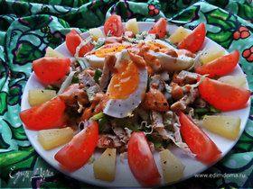 Салат с курицей и пекинской капустой