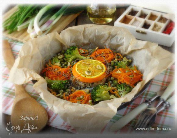Белая рыба, запеченная с овощами