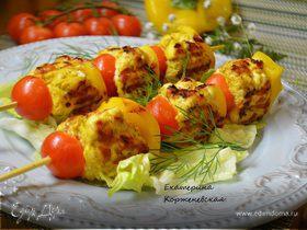 Шашлыки из рубленного мяса с овощами