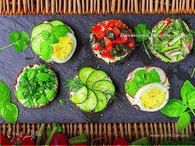 Бутерброды с овощами и зеленью