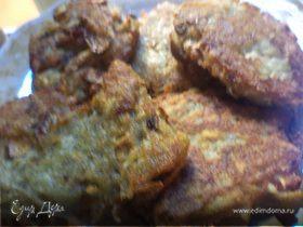 Картофельные драники с шампиньонами и кабачком