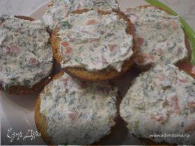 Тосты с творожно-лососевой начинкой