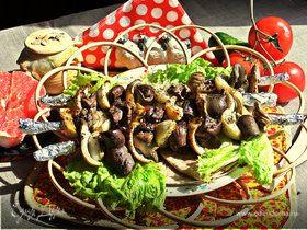 Шашлык из печенки с луком и фенхелем