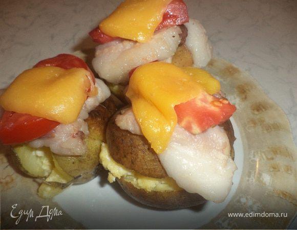 Запечённая картошка с беконом и помидорами
