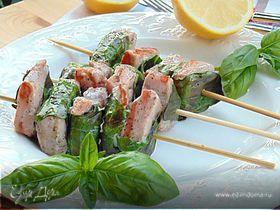 Средиземноморские шашлычки из тунца с базиликом