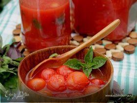 Помидоры-черри в собственном соку с базиликом