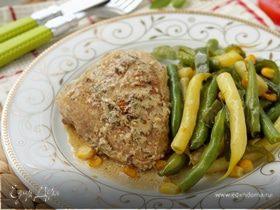 Курица в горчичном соусе с гарниром из фасоли