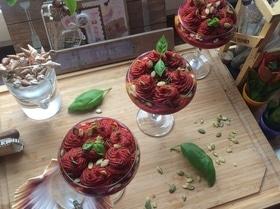 Веганский крем-борщ с тыквенным хумусом