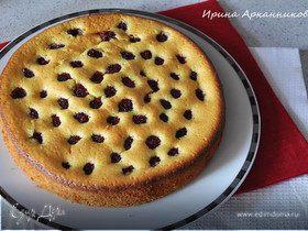 Нежный миндальный пирог с малиной