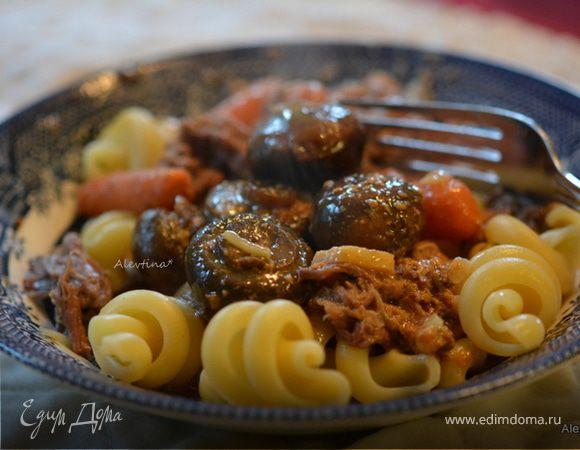 Жаркое из говядины с грибами