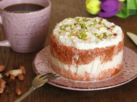 Морковный сырой торт
