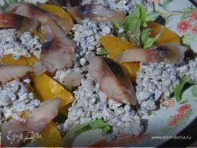 Салат из зеленой чечевицы с апельсином и копченой рыбой