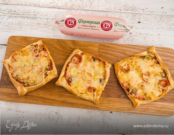 Квадратная пицца с колбасой
