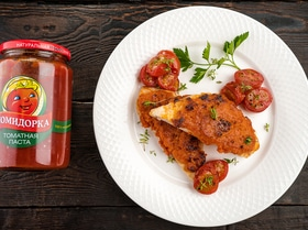 Куриное филе с помидорами черри