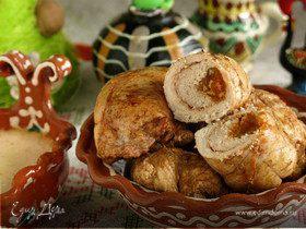 Крученики в облепиховом маринаде с абрикосами