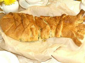 Пирог с деревенским сыром и синей зубаткой