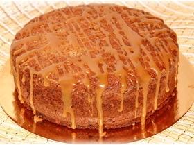 Ореховый торт без муки с соленой карамелью