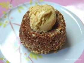 Шоколадный десерт на миндале