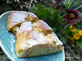 Творожный пирог с ванильным кремом и яблоками