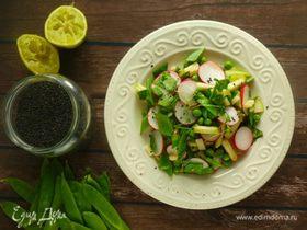 Зеленый салат с кунжутом