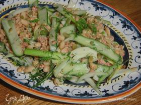 Салат из тунца и фасоли с фенхелем