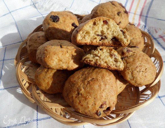Постное печенье с отрубями и клюквой