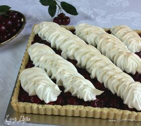 Вишневый пирог с безе