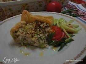 Тарт с цукини, рисом и орехами