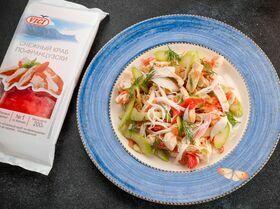 Салат с курицей и крабовым мясом