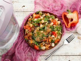 Овощное соте с курицей