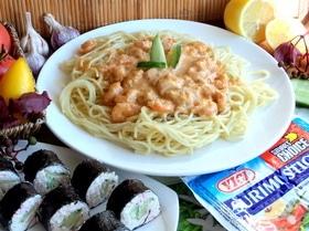 Спагетти с креветками и крабовыми роллами